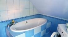 Łazienka na piętrze domku w Szczyrku